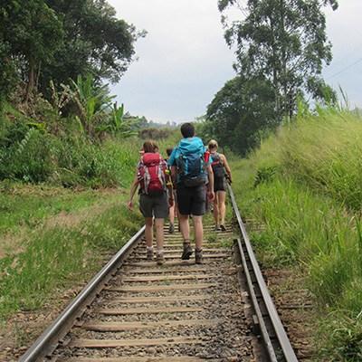 Groupe de randonneurs à Ella, Sri Lanka