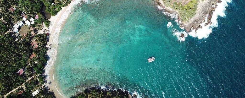beach-hiriketiya-surf