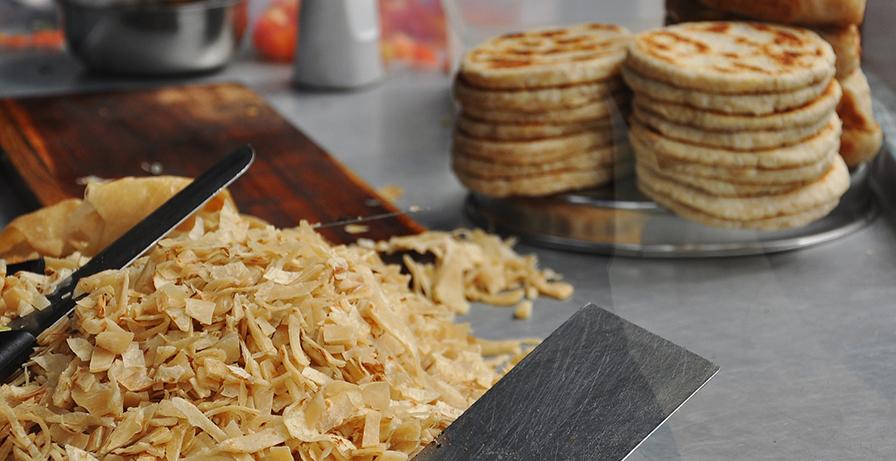 Kottu roti et coconut roti