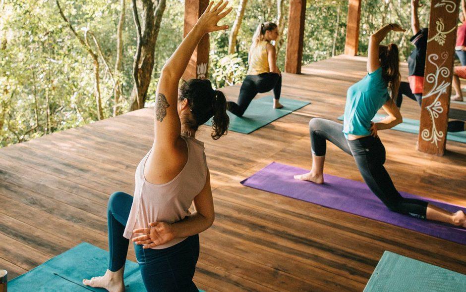 sri-lanka-yoga-clara-ferrand