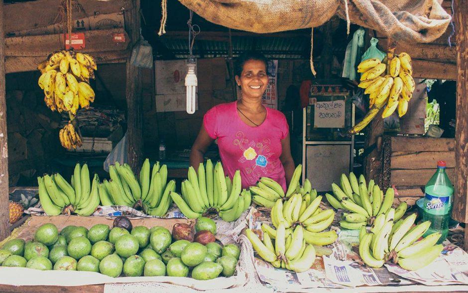 femme bananes sri lanka