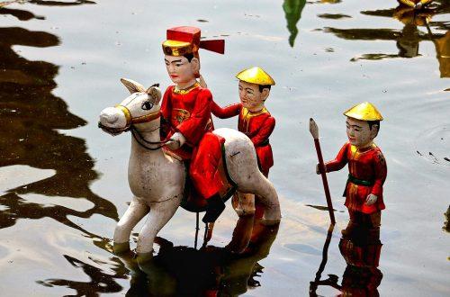 Les marionnettes sur l'eau, une expérience culturelle originale à Hanoi